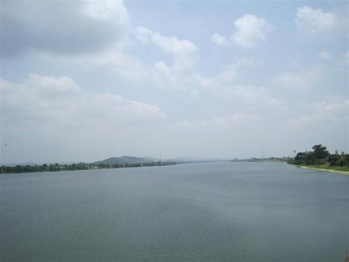 water behind te dam