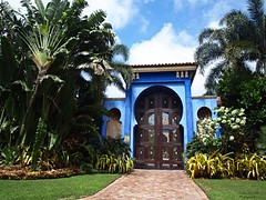 A Blue Palace (Exotic Car Life) Tags: life plants florida miami mansion rare southbeach southflorida sobe starisland bluepalace exotichouse supermansion luxuriouslife