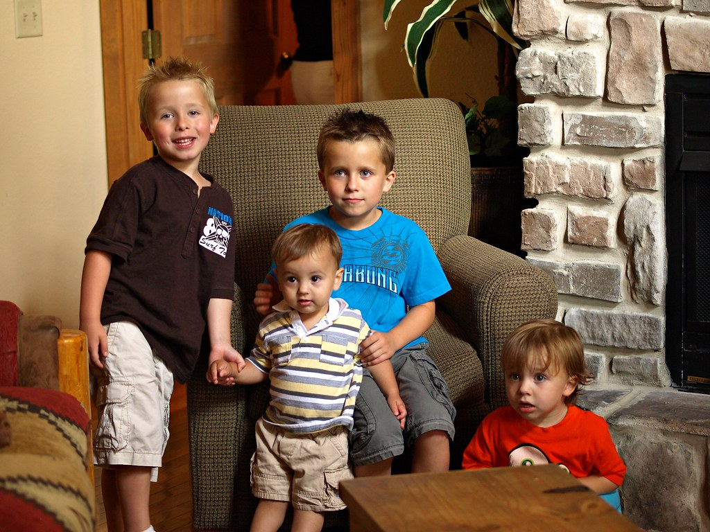 The boy cousins at the lodge in Branson
