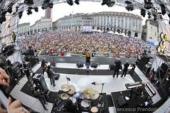 NINA ZILLI (francesco prandoni) Tags: show music torino concert italia live stage concerto musica spettacolo piazzacastello mtvdays ninazilli