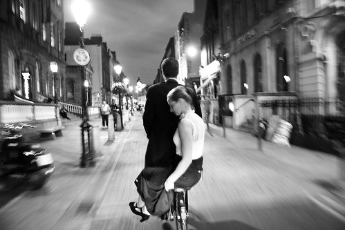 Dublin Cycle Chic - Dutch Couple Night Ride