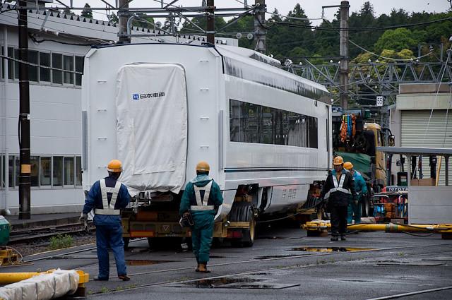 京成電鉄新型スカイライナー AE形 AE7-7,8搬入