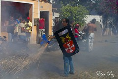 Turma do Pnico: Cruz das Almas-Ba (Eber Paz) Tags: brazil brasil nikon bahia ba espada eber sojoo fogosdeartifcio d60 nikond60 cruzdasalmas eberpaz2009 eberpaz