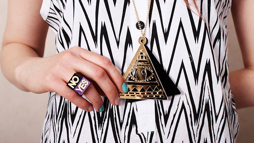 Lazy Oaf Pyramid Necklace