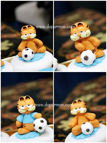 Garfield & Soccer Cupcakes