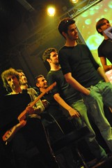 Altre coverband ({to} bead free) Tags: coldplay firenze prato dontpanic coverband kellerplatz coldplayzone francesca78foto