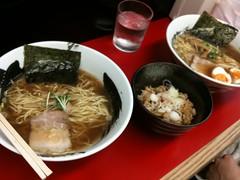 紀和でラーメンとミニ焼豚丼
