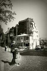 montmartre (annette62) Tags: street paris bar montmartre cobbles davy
