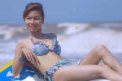 [フリー画像] 人物, 女性, アジア女性, 水着, ビキニ, ベトナム人, 201007140300