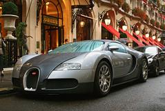 Bugatti Veyron 16.4 in Paris (Martijn Kapper) Tags: plaza paris hotel sony extreme uae kingdom exotic arab saudi arabia 164 spotted alpha bugatti supercar martijn a100 1001 veyron ksa htel bhp kapper athne worldcars autogespot exoticspotter autospotter