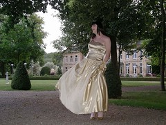 Dancing in the rain (Paula Satijn) Tags: castle lady golden tv shiny dress cd tgirl tranny gown satin ballgown
