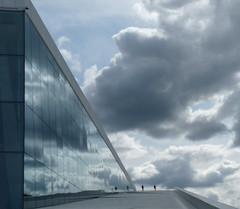 (Marga van Hulzen) Tags: sky oslo norway architecture opera reflexions reflecton marphot abigfave stphotographia architectsnhetta