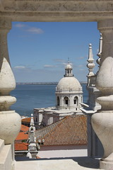 Framed view over Lisbon (mikel.hendriks) Tags: camera vacation people food holiday rooftop portugal church architecture lens landscape geotagged vakantie lisboa lisbon culture parks churches atmosphere estuary explore monastery sovicentedefora lissabon seethrough museums kerk climate eten klooster architectuur landschap cultuur tagusriver mensen parken kader citytrip taag kerken doorkijk framedview musea panteonacional santaengracia klimaat sooc atmosfeer nationalpantheon canoneos50d patriarcadodelisboa sigma1770mmf284dcmacrooshsm builtin1582 gebouwdin1582 mondingvanderiver