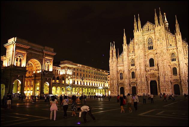 Piazza del Duomo, Milan night