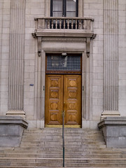 mq7000152.jpg (keithlevit) Tags: door canada stairs photography stair doors quebec montreal fineart entrance doorway staircase entrances levit keithlevit keithlevitphotography