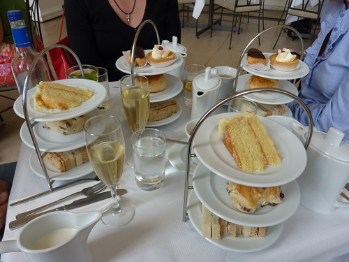 Afternoon tea at the Orangery Kensington Palace London (6)