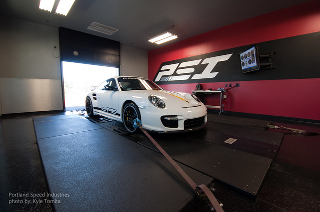 2009 Porsche 997 GT2 on dyno at PSI 3