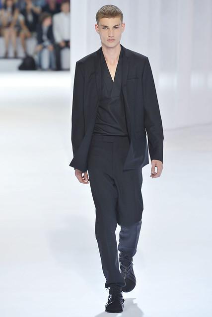 Johannes Linder3225_SS11_Paris_Dior Homme(VOGUEcom)