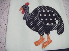DSCF7193 (Pannuchik - Patchwork) Tags: cozinha galinhas aplicao botes vis tecidinhos rendadealgodo patchcolagem galinhadeangola panodeprato panodecopa
