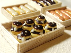 french sweet (Mintwonderland) Tags: french dessert miniature sweet chocolate bakery kawaii pastry 112 eclair