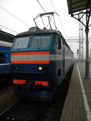 Russian locomotive (Timon91) Tags: station train smog russia moscow railway moskva belorusskaya trainamsterdammoscow
