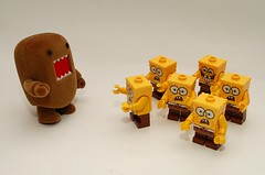 DOMO & SPONGEBOB'S (kingkong21) Tags: lego spongebob domo flocked