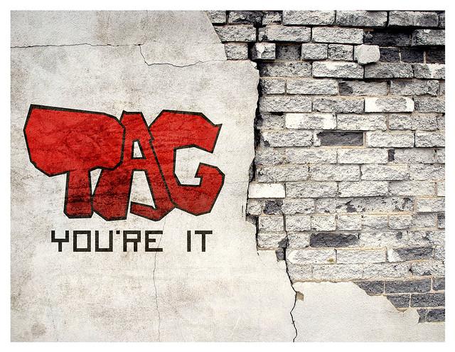 tag_poster_1