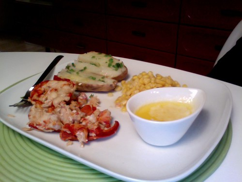 lobster, garlic butter, corn potato