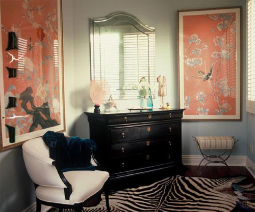 rRuthie Sommers Interiors - Dressing Room with Chinoiserie Framed Wallpaper