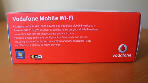 Introducing the Vodafone Mobile WiFi R201 (next to the Three MiFi