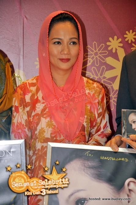 Sheila Majid Di Pavilion