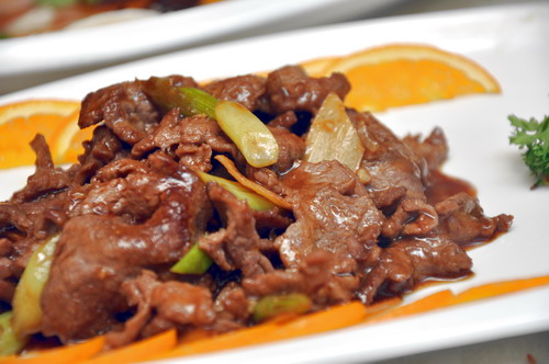 Sauteed Sliced Beef with Ginger & Onion