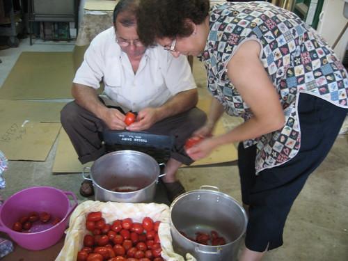 Canning Tomatoes: Passato di Pomodoro (Puree of Tomato)