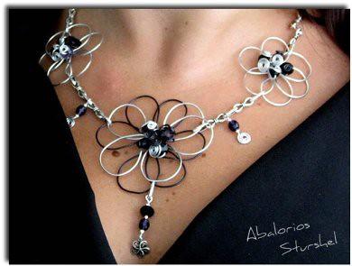 Collar Flores de Alambre