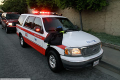 Sunnyvale QRV - Medic 9 (YFD) Tags: ford expedition canon fire sunnyvale action 911 firetruck emergency medic paramedic ems firedepartment amr americanmedicalresponse departmentofpublicsafety qrv sdps eos7d quickresponsevehicle