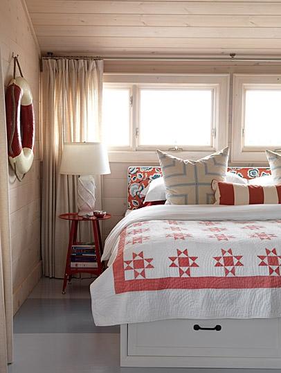 sarahs-cottage-master-bedroom-image1