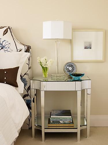 sarahs-house-master-bedroom-image3_0