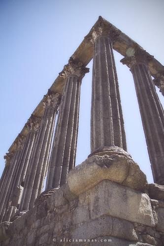 Èvora - Templo romano