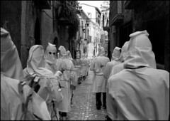IMG739 Guardia Sanframondi (Leica M6 Summilux 35mm ASPH Tmax400 bw) (abschied) Tags: leica bw battenti guardiasanframondi