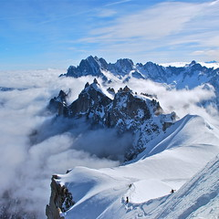 Alps (nebulous 1) Tags: 2 white snow france alps spring nikon 21 may explore chamonix gir skiers aiguilledumidi hautesavoie nebulous1