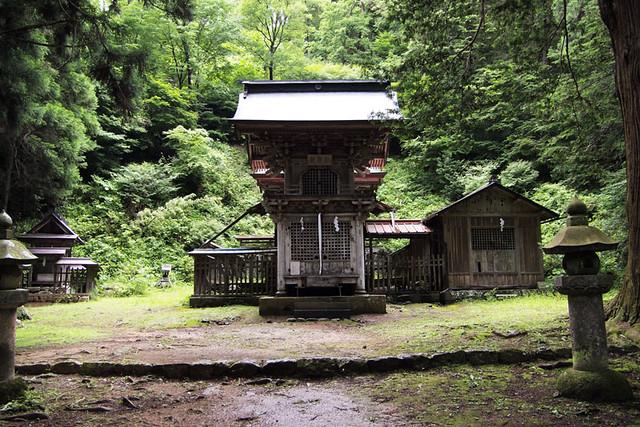 100627_103800_塩野神社