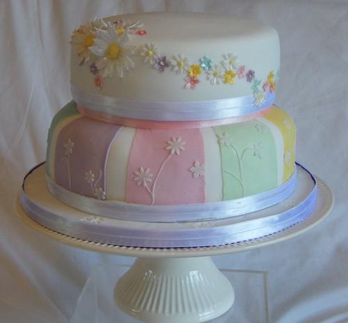 Summer flower wedding cake 1