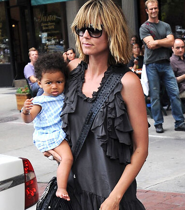 Heidi Berry Halle Berrys Sister http://minihipster.com/stylefiles/celebrity-mini-style-files-13/