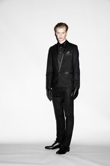 Michael Bostrom0009_WHYRED AW10(Jamool Life)