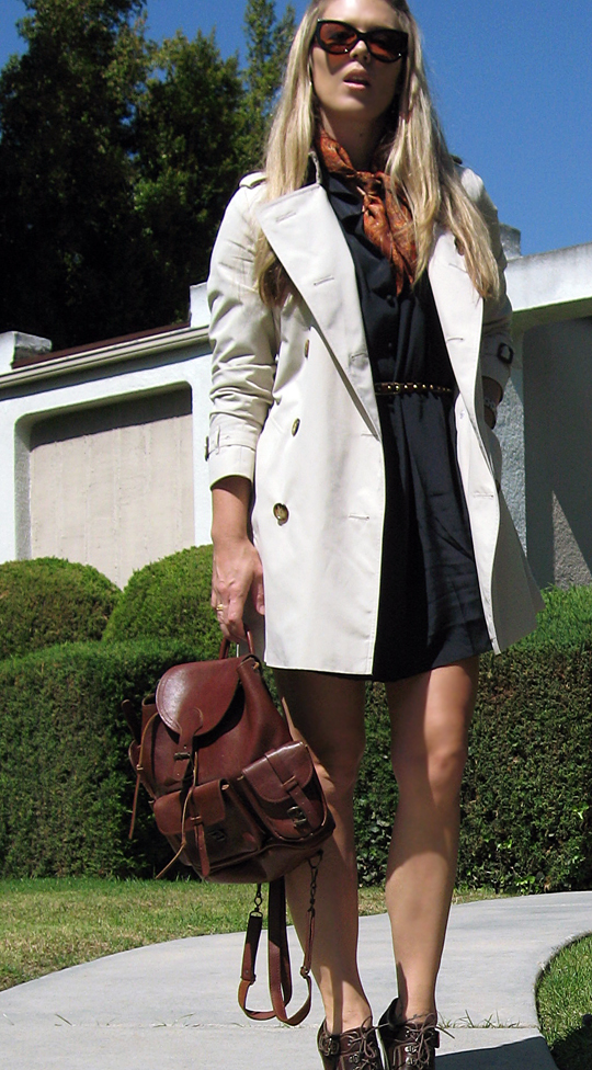 Burberry Trench Coat+leather backpack+Tom Ford anouk sunglasses+scarf