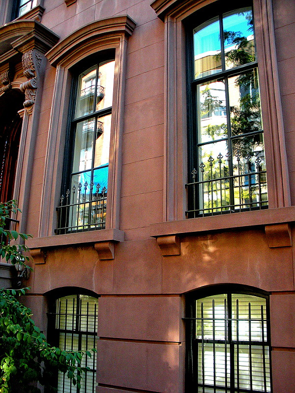 5550Tom Cruise & Kate Hudson's New Digs on 12th Street