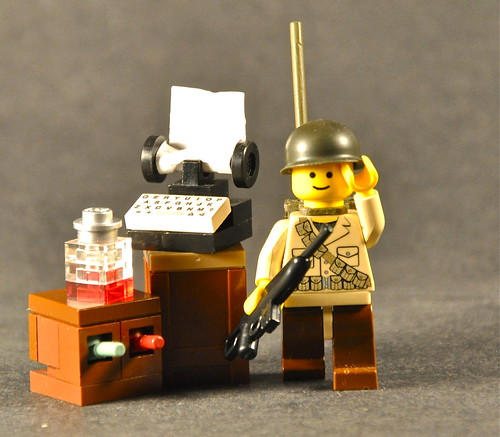 custom minifig and type writer