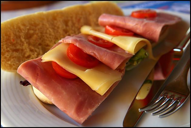 cheese-ham-sandwich