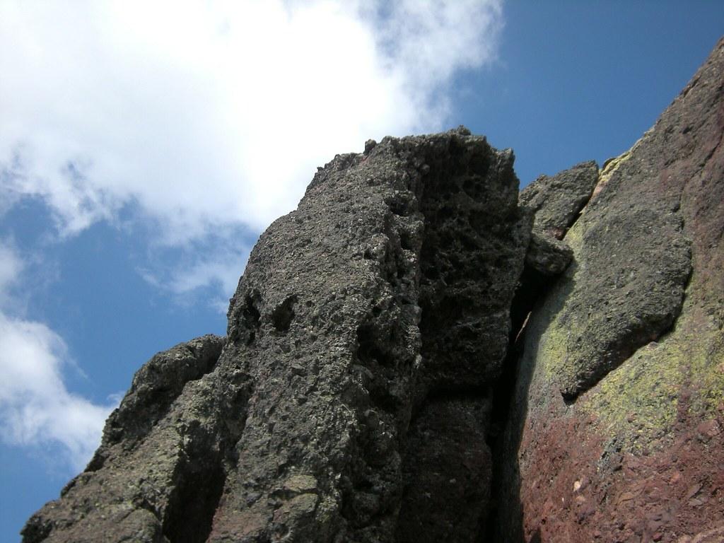 Paglia Orba par Foggiale : le haut de la 2ème cheminée de Foggiale