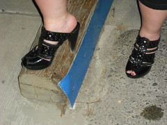 Her cool new clogs (2moshoes) Tags: